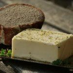 Как отличить настоящее сливочное масло от подделки — советы по выбору