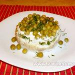 Салат из печени минтая с рисом и зеленым горошком — рецепт