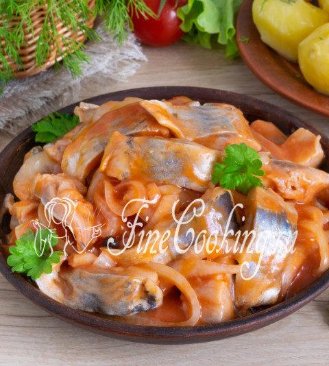 Сельдь, маринованная в томатном соусе - рецепт