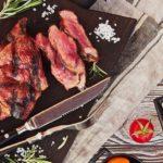 Стейк с кровью  - вкусный рецепт с пошаговым фото