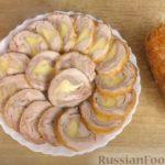 Куриные рулеты в пивном маринаде, с беконом и сыром