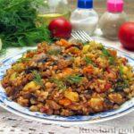 Гречка с кабачками, помидорами и грибами (на сковороде)