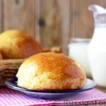 Сдобные творожные булочки с ванилью