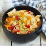 Овощное рагу с  кабачками, сладким перцем, белокочанной и цветной капустой