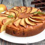 Творожная шарлотка с яблоками