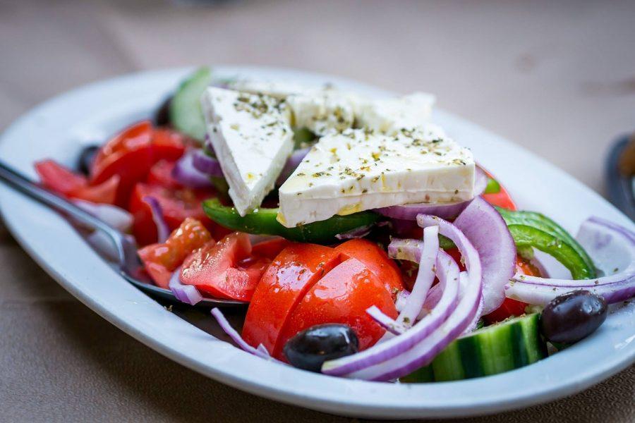 Салат Греческий с сыром фета – пошаговый классический рецепт с фото