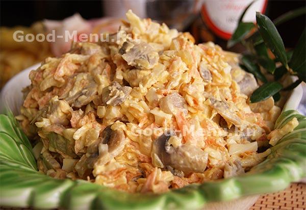 Салат оливье с грибами и курицей