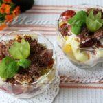 Вкусный фруктовый салат с йогуртом и шоколадом – простой рецепт с фото