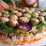 Салат Грибная поляна с шампиньонами и курицей – пошаговый рецепт